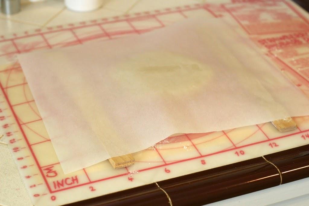 usando papel encerado en galletas 3D
