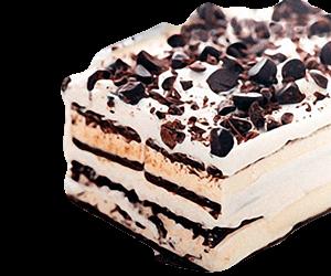 pastel elaborado con sandwiches de nieve