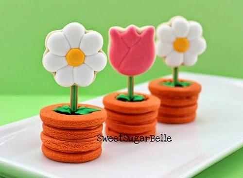 foto de galletas de flores en maceta terminadas