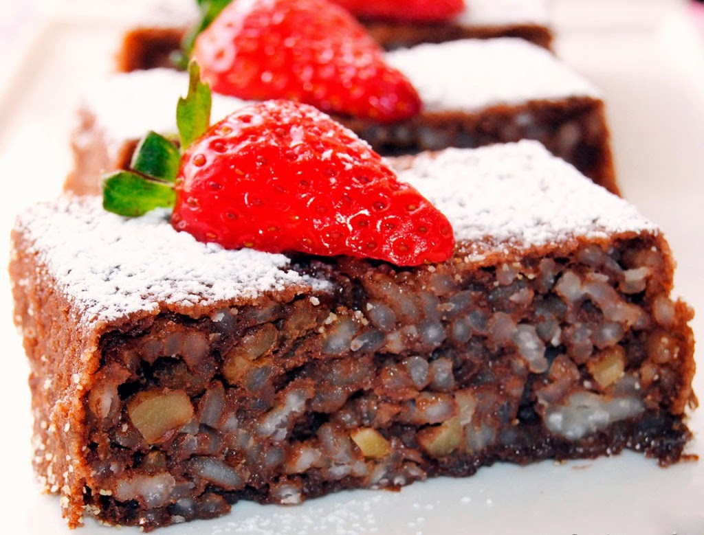 pastel de arroz, chocolate y nuez