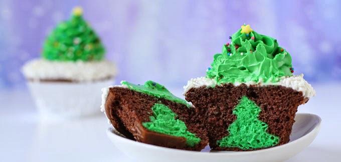 cupcakes con pinos de queso crema